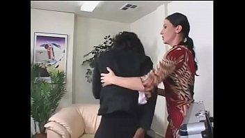 Порно ролики братик и сестренка массаж пересматривать в прямом эфире на 1порно