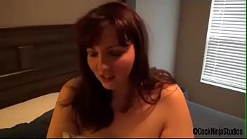 Женщина подставила тощую жопу парню и обрела шикарный трах в анал
