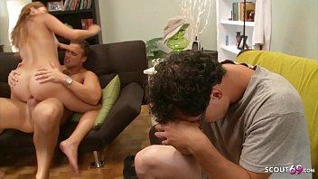 Молодая пара делает все грязные команды госпожи, для того чтоб не заполучить наказание